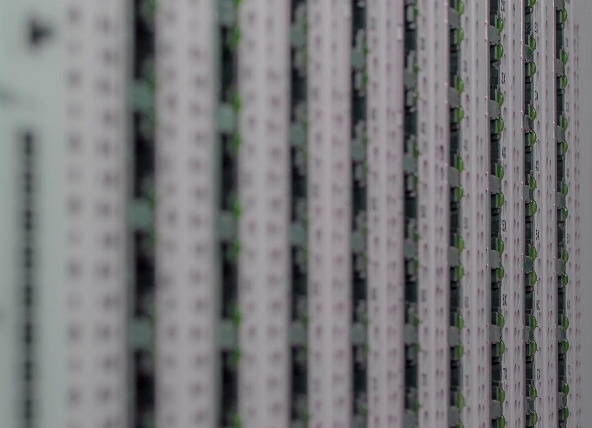 Geschwindigkeit, Verfügbarkeit & Ausfallsicherheit mit VMware | EI-TEA Partner GmbH